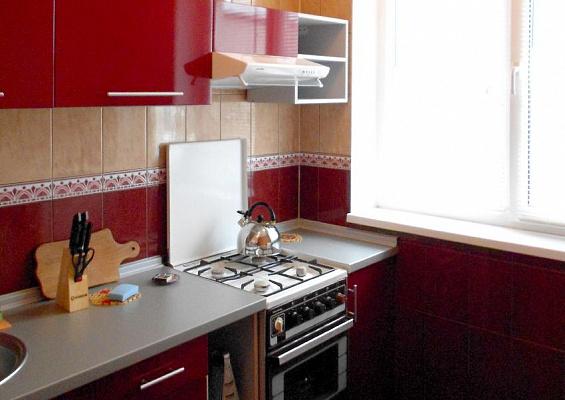 3-комнатная квартира посуточно в Сумах. Заречный район, ул. Сумско-Киевских Дивизий, 38. Фото 1