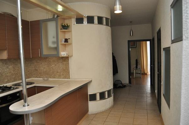 2-комнатная квартира посуточно в Харькове. Киевский район, Пушкинская , 67. Фото 1