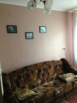 1-комнатная квартира посуточно в Шостке. ул. Мира, 2. Фото 1