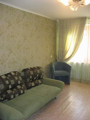 2-комнатная квартира посуточно в Кременчуге. пер. Почтовый, 2. Фото 1