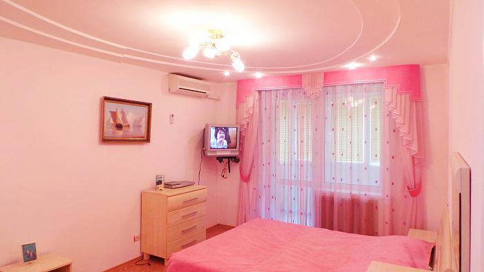 1-комнатная квартира посуточно в Партените. ул. Парковая, 6. Фото 1