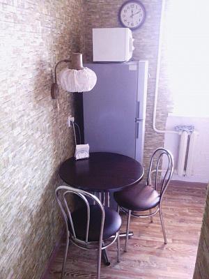 1-комнатная квартира посуточно в Севастополе. Гагаринский район, ул. Дмитрия Ульянова, 2. Фото 1