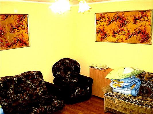 2-комнатная квартира посуточно в Николаеве. Центральный район, ул. Соборная, 39. Фото 1
