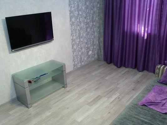 2-комнатная квартира посуточно в Севастополе. Гагаринский район, ул. Гагарина, 12. Фото 1