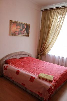 1-комнатная квартира посуточно в Киеве. Печерский район, Крещатик, 29. Фото 1