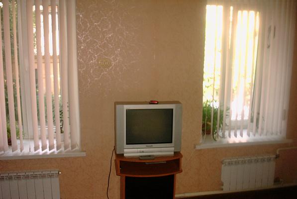 2-комнатная квартира посуточно в Одессе. Приморский район, ул. Большая Арнаутская, 90. Фото 1