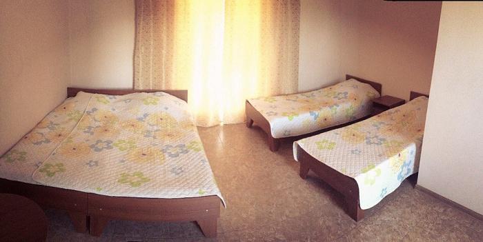 1-комнатная квартира посуточно в Евпатории. вул. Симферопольская, 63/3. Фото 1