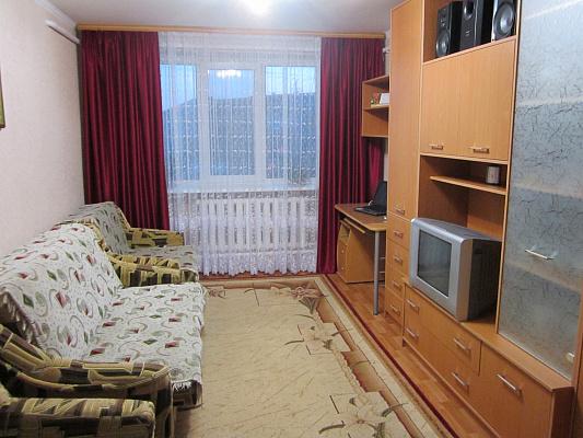 2-комнатная квартира посуточно в Евпатории. ул. Перекопская, 6. Фото 1