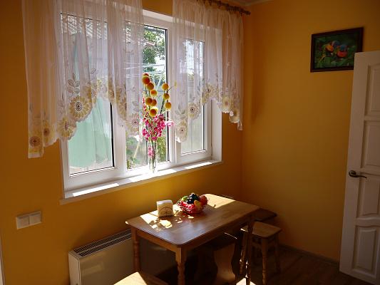 1-комнатная квартира посуточно в Одессе. Киевский район, ул. Бабушкина, 27. Фото 1
