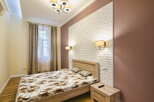 2-комнатная квартира посуточно в Львове. Галицкий район, ул. Тадеуша Костюшко, 5. Фото 1