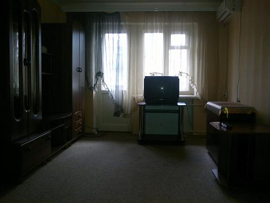 2-комнатная квартира посуточно в Мелитополе. пр-т Б.Хмельницького, 42. Фото 1
