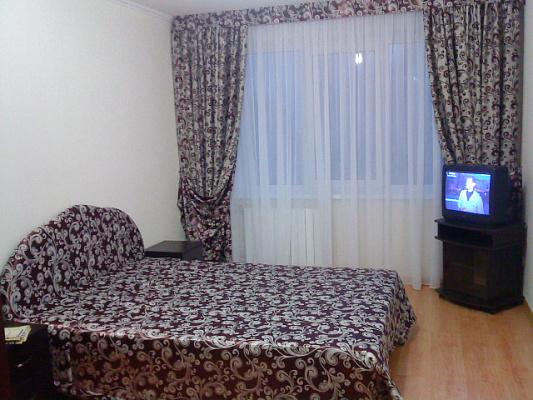 1-комнатная квартира посуточно в Киеве. Соломенский район, ул. Стадионная, 14. Фото 1