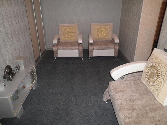 1-комнатная квартира посуточно в Алуште. ул. Ленина, 28. Фото 1