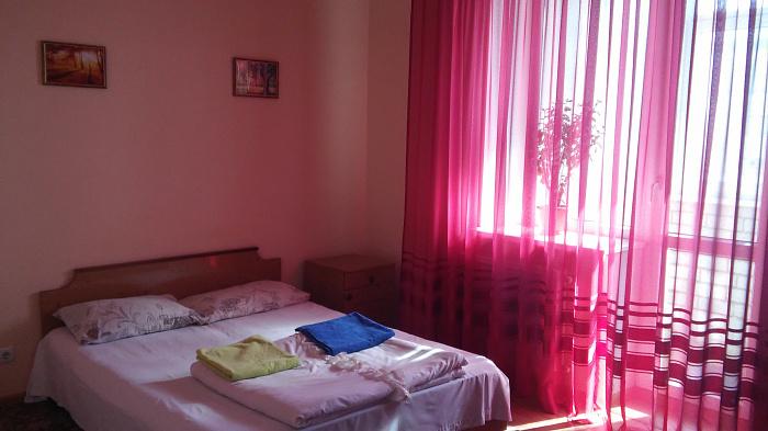 2-комнатная квартира посуточно в Виннице. Ленинский район, ул. Келецкая, 130а. Фото 1