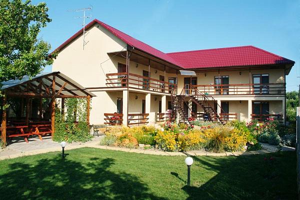 Мини-отель  посуточно в Затоке. ул. Зарипова0. Фото 1