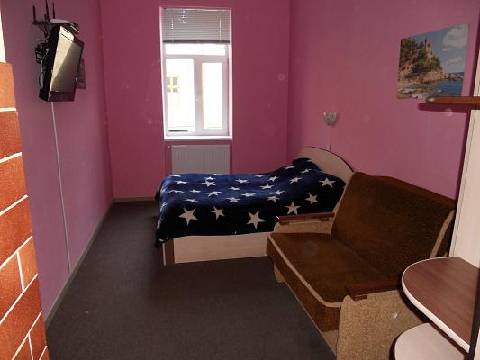 1-комнатная квартира посуточно в Львове. Галицкий район, ул. Пантелеймона Кулиша, 12. Фото 1