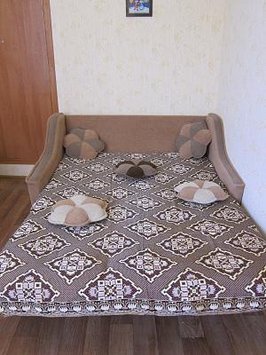 2-комнатная квартира посуточно в Евпатории. ул. Демышева, 110. Фото 1