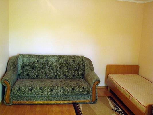 Дом  посуточно в Хорлах. ул. Пограничная, 11. Фото 1