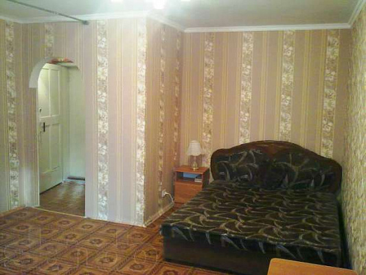 1-комнатная квартира посуточно в Севастополе. Ленинский район, ул. Гоголя, 20-Г. Фото 1