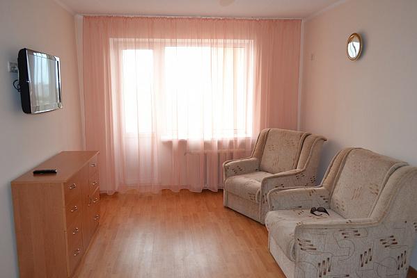1-комнатная квартира посуточно в Евпатории. ул. Фрунзе, 30. Фото 1