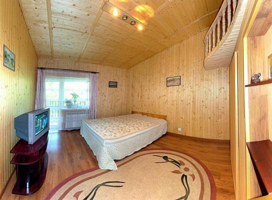 2-комнатная квартира посуточно в Трускавце. ул. Данилишиных, 32. Фото 1