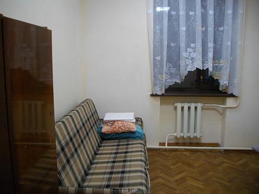 Комната  посуточно в Ильичёвске. Пригород район, Парковая, 10-Ч. Фото 1