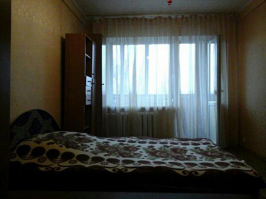 3-комнатная квартира посуточно в Киеве. Деснянский район, ул. Шолом- Алейхема, 12. Фото 1