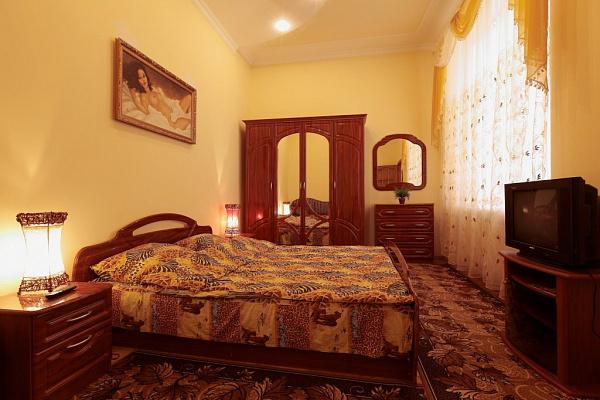 1-комнатная квартира посуточно в Львове. Лычаковский район, ул. Конопницкой, 12. Фото 1