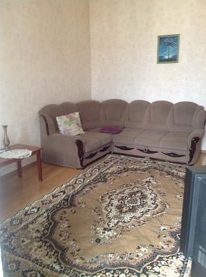 2-комнатная квартира посуточно в Киеве. Голосеевский район, ул. Саксаганського, 33. Фото 1
