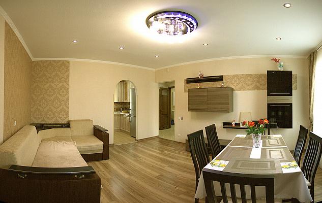 2-комнатная квартира посуточно в Трускавце. ул. Ульяны Кравченко, 1в. Фото 1