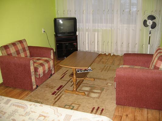 1-комнатная квартира посуточно в Ровно. ул. Гагарина, 67. Фото 1