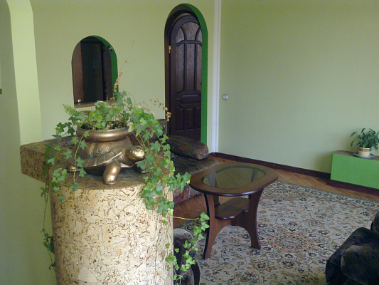 2-комнатная квартира посуточно в Луцке. Воли, 11. Фото 1