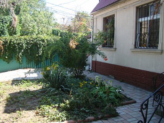 Дом  посуточно в Одессе. Приморский район, пер. Морской, 7. Фото 1