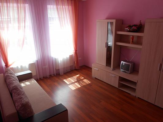 1-комнатная квартира посуточно в Львове. Галицкий район, ул. Ужгородская, 11. Фото 1