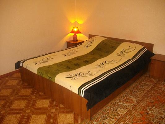 1-комнатная квартира посуточно в Одессе. Малиновский район, ул. Б.Хмельницкого, 1. Фото 1