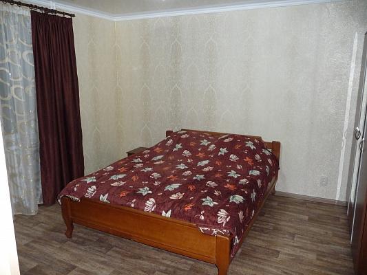 1-комнатная квартира посуточно в Белгороде-Днестровском. ул. Солнечная, 11. Фото 1