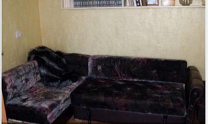 2-комнатная квартира посуточно в Севастополе. Гагаринский район, ул. Ерошенко, 16. Фото 1