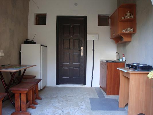 1-комнатная квартира посуточно в Саках. ул. Морская, 15. Фото 1