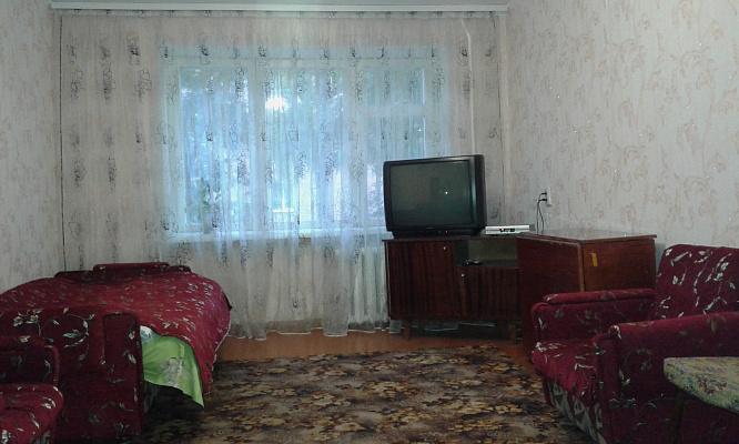 1-комнатная квартира посуточно в Хмельницком. ул. Заречанская, 6. Фото 1