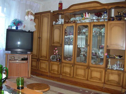 4-комнатная квартира посуточно в Виннице. Замостянский район, пр-т Коцюбинского, 11. Фото 1