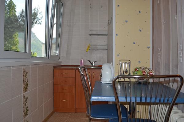 1-комнатная квартира посуточно в Партените. Фрунзенское шоссе, 7. Фото 1