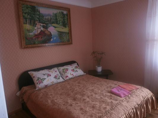 1-комнатная квартира посуточно в Хмельницком. ул. Каменецкая, 86. Фото 1