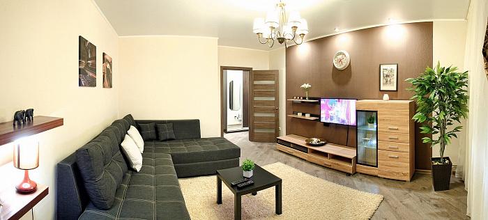 1-комнатная квартира посуточно в Севастополе. Гагаринский район, пр-т Античный, 20-Б. Фото 1