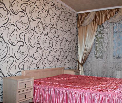1-комнатная квартира посуточно в Белой Церкви. ул. Славина, 10. Фото 1