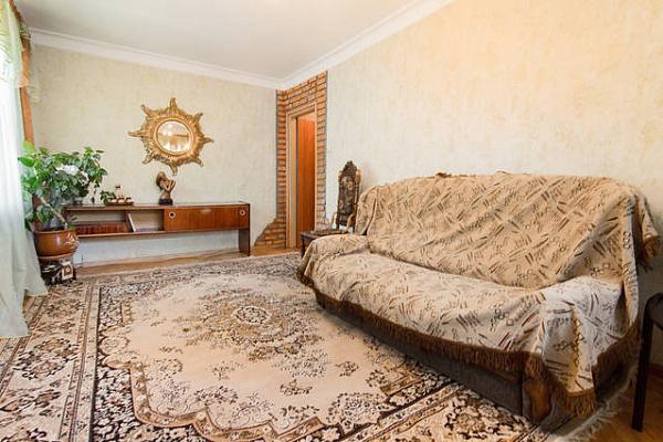 2-комнатная квартира посуточно в Одессе. Малиновский район, ул. Генерала Петрова, 29. Фото 1