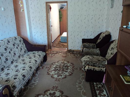 2-комнатная квартира посуточно в Бердянске. ул. Свободы, 20. Фото 1