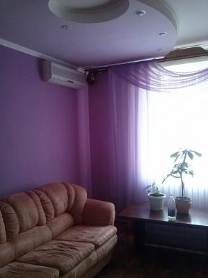 2-комнатная квартира посуточно в Тернополе. ул. Ивана Франко, 5. Фото 1