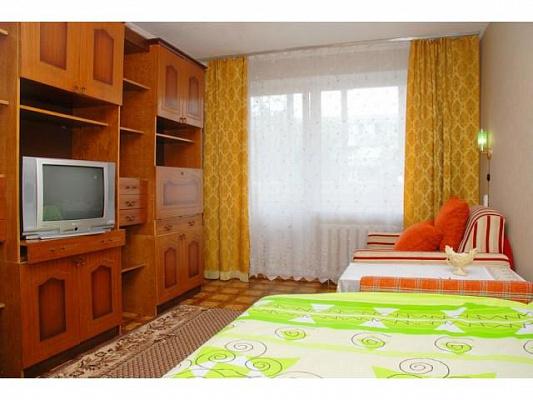 1-комнатная квартира посуточно в Киеве. Святошинский район, Якуба Коласа, 9. Фото 1