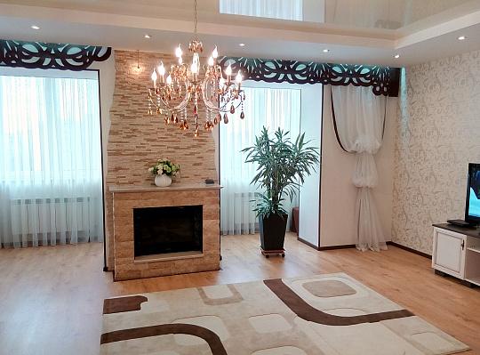 4-комнатная квартира посуточно в Одессе. Приморский район, ул. Солнечная, 16. Фото 1