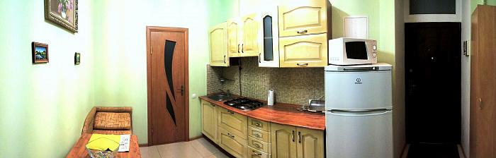 1-комнатная квартира посуточно в Львове. Галицкий район, пл. Святого Теодора, 5. Фото 1